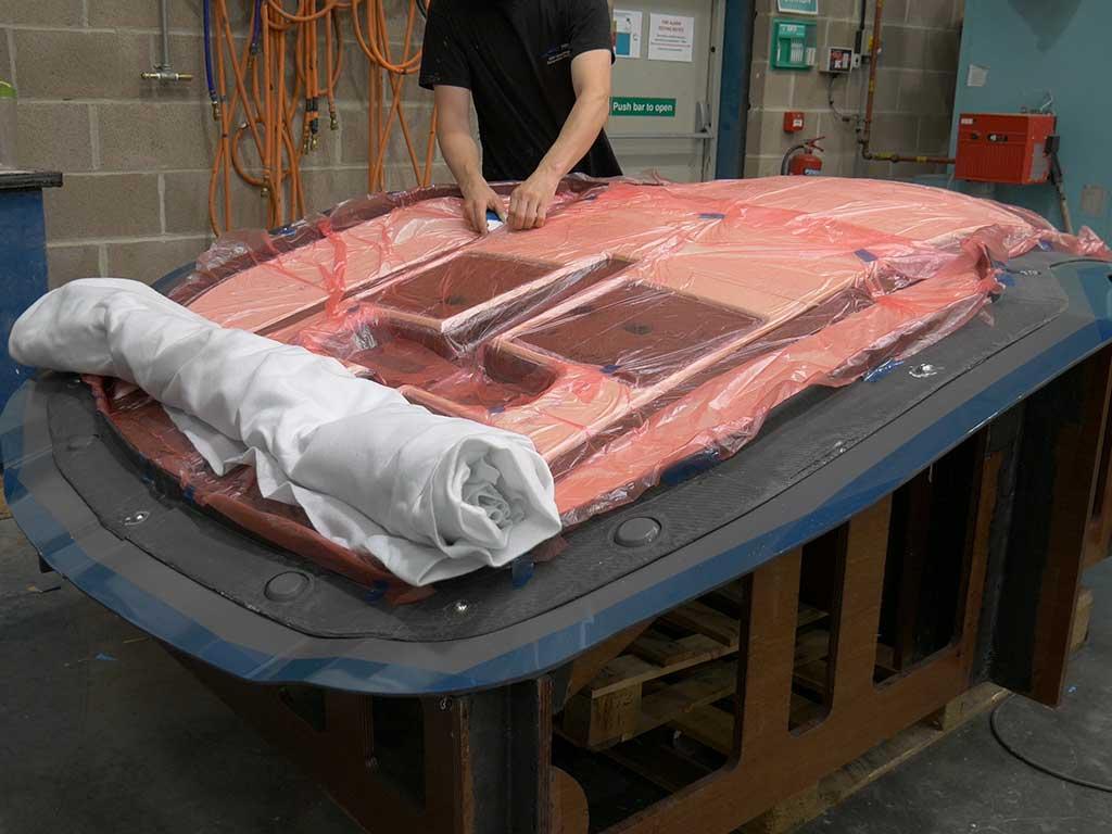 S247 Carbon Fibre Hardtop - NORCO Composites & GRP 4